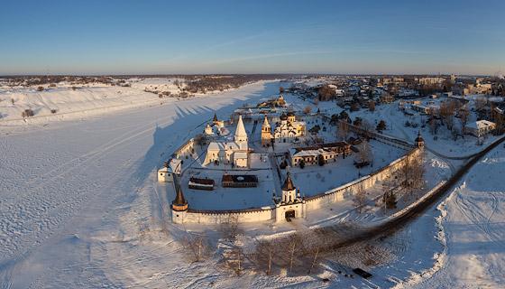 3D Аэропанорама монастыря в Старице